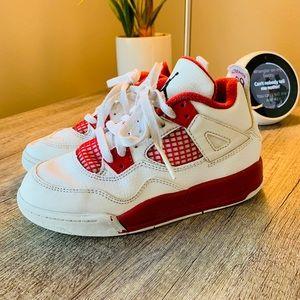 🔥 Jordan Retro 4 Shoes size Kids 12C